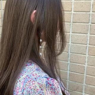 ロング 大人ハイライト ベージュ アッシュ ヘアスタイルや髪型の写真・画像