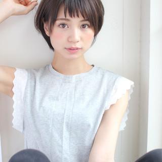 秋 小顔 大人女子 ナチュラル ヘアスタイルや髪型の写真・画像