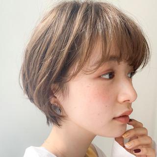 ショートヘア 小顔ショート 大人かわいい ショート ヘアスタイルや髪型の写真・画像