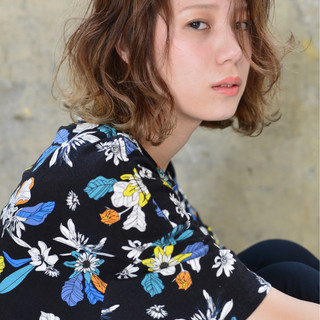 バレイヤージュ ボブ ハイライト 外国人風 ヘアスタイルや髪型の写真・画像
