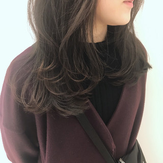 オフィス 簡単ヘアアレンジ アンニュイほつれヘア ミディアム ヘアスタイルや髪型の写真・画像