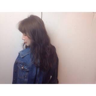 パンク センターパート セミロング 春 ヘアスタイルや髪型の写真・画像
