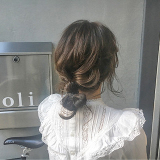 ガーリー 透明感 ロング 簡単ヘアアレンジ ヘアスタイルや髪型の写真・画像