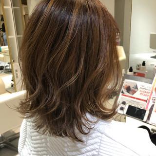 ミディアムヘアー ミディアムレイヤー ウルフカット ガーリー ヘアスタイルや髪型の写真・画像