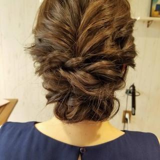 結婚式 ミディアム ヘアアレンジ ゆるふわ ヘアスタイルや髪型の写真・画像