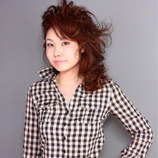 モード ヘアアレンジ ミディアム パーマ ヘアスタイルや髪型の写真・画像