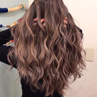 外国人風カラー 3Dハイライト アンニュイほつれヘア 外国人風 ヘアスタイルや髪型の写真・画像
