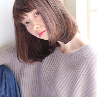 大人女子 冬 グレージュ ボブ ヘアスタイルや髪型の写真・画像