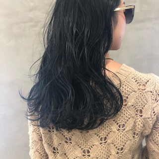 ロング センターパート ストリート ブルージュ ヘアスタイルや髪型の写真・画像