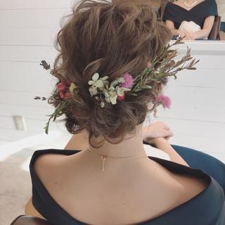 結婚式 ヘアアレンジ バレンタイン ナチュラル ヘアスタイルや髪型の写真・画像