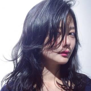 セミロング マルサラ 大人かわいい ゆるふわ ヘアスタイルや髪型の写真・画像
