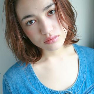 透明感 前髪あり ナチュラル 抜け感 ヘアスタイルや髪型の写真・画像