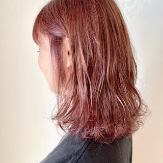 ガーリー 透明感カラー ラベンダーピンク ピンクアッシュ ヘアスタイルや髪型の写真・画像