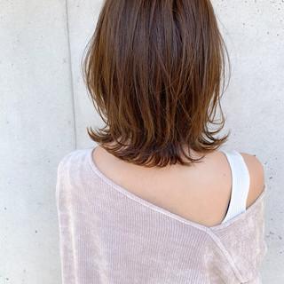 ふんわり前髪 インナーカラー ナチュラル ミディアム ヘアスタイルや髪型の写真・画像