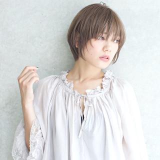 外国人風カラー アッシュ 涼しげ 色気 ヘアスタイルや髪型の写真・画像