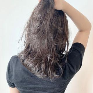 セミロング ガーリー 大人可愛い グレージュ ヘアスタイルや髪型の写真・画像