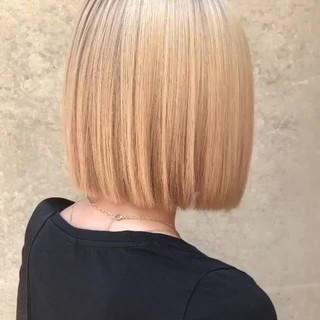 グレージュ 金髪 ボブ アッシュ ヘアスタイルや髪型の写真・画像