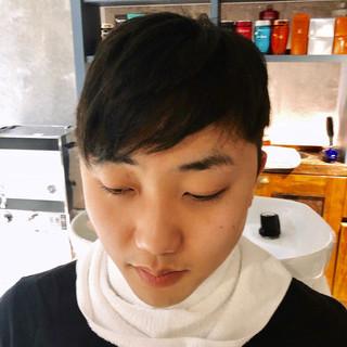 ナチュラル ショート メンズカット 刈り上げ ヘアスタイルや髪型の写真・画像