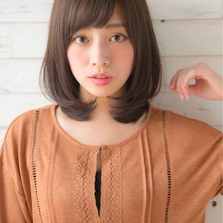 フェミニン 前髪あり アッシュ 冬 ヘアスタイルや髪型の写真・画像