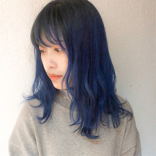 ストリート ブルー ブルージュ ブルーアッシュ ヘアスタイルや髪型の写真・画像
