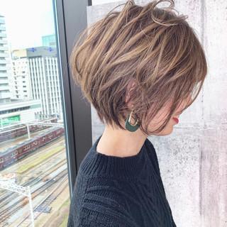 イルミナカラー ヘアカラー ナチュラル ショートヘア ヘアスタイルや髪型の写真・画像