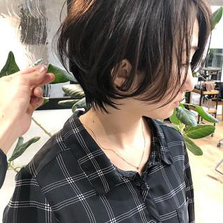 ショート 黒髪 ナチュラル ハンサムショート ヘアスタイルや髪型の写真・画像