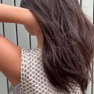 ビーチガール ロング レイヤーロングヘア ナチュラル ヘアスタイルや髪型の写真・画像