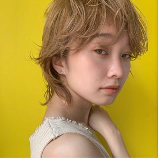 デート ウルフカット ベージュ モテ髪 ヘアスタイルや髪型の写真・画像