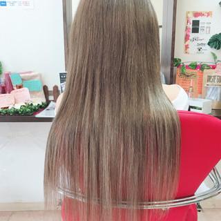 ハイトーン 外国人風 アッシュ ナチュラル ヘアスタイルや髪型の写真・画像