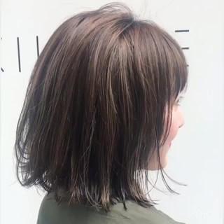 ボブ ナチュラル アンニュイ オフィス ヘアスタイルや髪型の写真・画像 ヘアスタイルや髪型の写真・画像