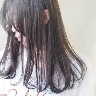 艶髪 イルミナカラー ミルクティー ミルクティーベージュ ヘアスタイルや髪型の写真・画像