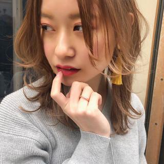 デート パーマ ミディアム ナチュラル ヘアスタイルや髪型の写真・画像 ヘアスタイルや髪型の写真・画像