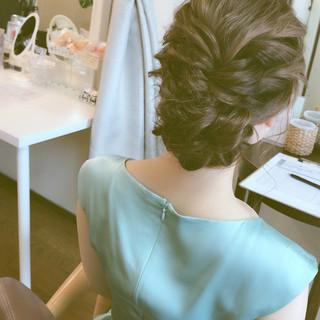 結婚式 簡単ヘアアレンジ 上品 エレガント ヘアスタイルや髪型の写真・画像