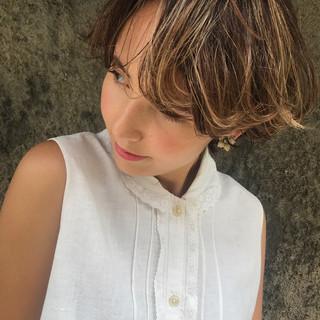 透明感 パーマ デート ショート ヘアスタイルや髪型の写真・画像