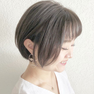 大人かわいい デート ショートヘア ナチュラル ヘアスタイルや髪型の写真・画像
