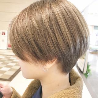 オフィス モード デート ショートボブ ヘアスタイルや髪型の写真・画像