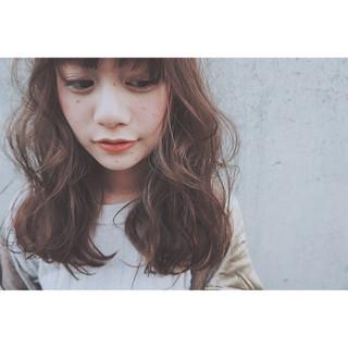 ストリート 暗髪 アッシュ ニュアンス ヘアスタイルや髪型の写真・画像