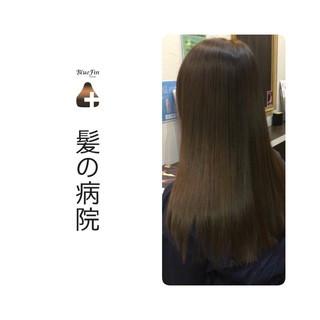 セミロング 髪の病院 頭皮ケア トリートメント ヘアスタイルや髪型の写真・画像