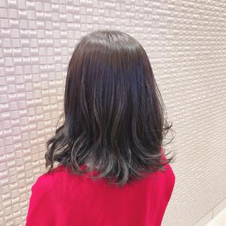 ダークグレー ナチュラル 韓国ヘア ミディアム ヘアスタイルや髪型の写真・画像