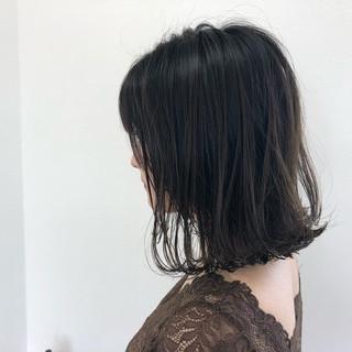 ミディアム 抜け感 ナチュラル デート ヘアスタイルや髪型の写真・画像
