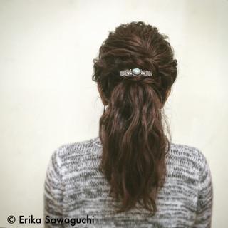 外国人風 セミロング ねじり まとめ髪 ヘアスタイルや髪型の写真・画像 ヘアスタイルや髪型の写真・画像