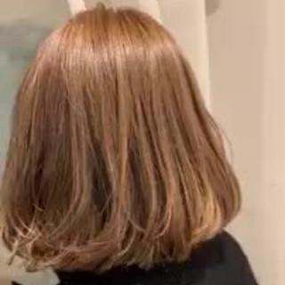 切りっぱなしボブ グラデーションカラー エレガント ゆるふわ ヘアスタイルや髪型の写真・画像