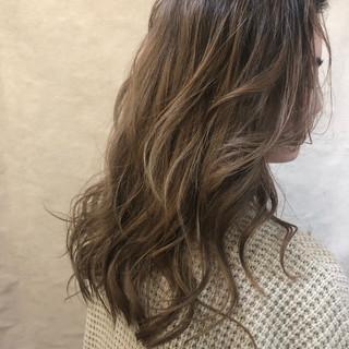 デート ナチュラル ヘアアレンジ 簡単ヘアアレンジ ヘアスタイルや髪型の写真・画像