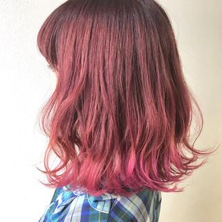 ピンク ストリート スポーツ 外国人風 ヘアスタイルや髪型の写真・画像