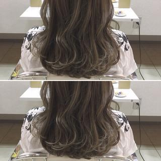 外国人風 ロング 透明感 秋 ヘアスタイルや髪型の写真・画像 ヘアスタイルや髪型の写真・画像
