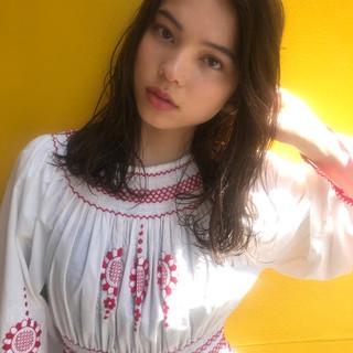 外国人風 透明感 抜け感 フェミニン ヘアスタイルや髪型の写真・画像