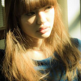 ワイドバング ストリート 外国人風 ロング ヘアスタイルや髪型の写真・画像