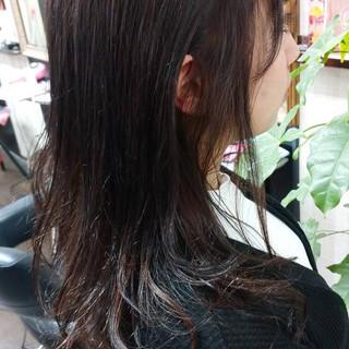 ヘアカラー セミロング ラベンダーグレー ラベンダー ヘアスタイルや髪型の写真・画像
