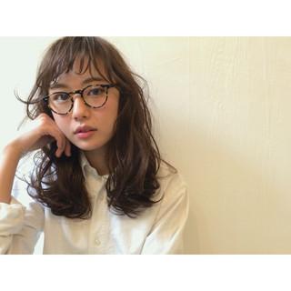 外国人風 セミロング ブラウン ゆるふわ ヘアスタイルや髪型の写真・画像 ヘアスタイルや髪型の写真・画像