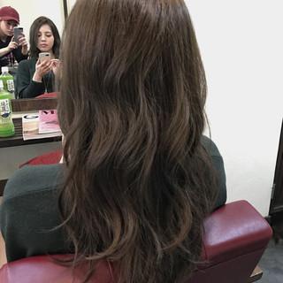 外国人風 暗髪 ロング カーキアッシュ ヘアスタイルや髪型の写真・画像 ヘアスタイルや髪型の写真・画像